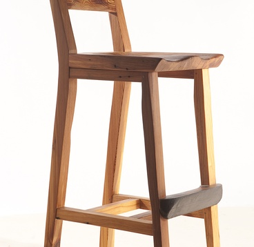 Virginia Bar Chair